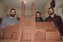MINYATÜR - 746 Yıllık Tarihi Eserin Kilden Minyatürü Yapılıyor