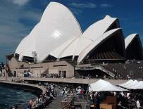 SYDNEY - Avustralya'da 6 kişiyi taşıyan deniz uçağı düştü