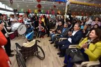 HASAN ŞAHIN - Engelsiz Kafe'de Yılbaşı Partisi