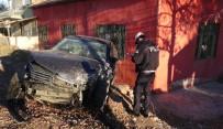 Aksaray'da Otomobiller Çarpıştı Açıklaması 3 Yaralı