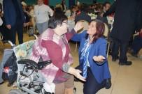 Bayan Başkan Engellilerle Dans Etti