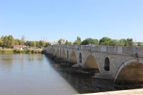 BULGAR - 'Bulgaristan Baraj Kapaklarını Açtı' İddiası
