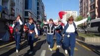 ENGELLİLER GÜNÜ - Engelliler Cadde Ortasında Halay Çekti