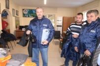 HEPATİT B - Melikgazi Belediyesinde Park Ve Bahçelerde  Çalışanlara Giyim Malzemesi Dağıtıldı