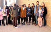 ALıŞKANLıK - Midyat Emniyetinden 80 Öğrenciye Kurs