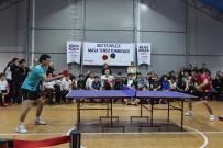 İBRAHİM GÜNDÜZ - Milli Tenisçiler Öğrencilerle Buluştu
