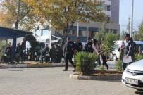 İNGILIZ STERLINI - Sahte Sterlinle 150 Bin TL Dolandıran İki Kişi Yakalandı