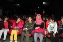 HUKUK FAKÜLTESİ ÖĞRENCİSİ - Siverek'te Öğrenciler Sinema İle Tanıştı
