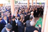 İBRAHİM HACIOSMANOĞLU - Trabzonspor Camiası Cenazede Bir Araya Geldi