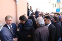 İBRAHİM HACIOSMANOĞLU - Trabzonspor Camiası Köksal Sadıklar'ın Oğlunun Cenazesinde Bir Araya Geldi