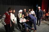 TUNCELİ VALİSİ - Vali Sonel Engellilerle Halay Çekerek Neşelerine Ortak Oldu