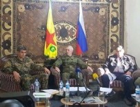 YPG - YPG ve Rus bayrakları yan yana