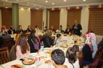 Başkan Arslan, Yüzme Kursuna Katılan Bayanlarla Bir Araya Geldi