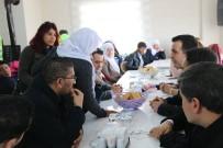ÖZALP BELEDİYESİ - Başkan Vekili Vardar, Engelli Aileleriyle Yemekte Bir Araya Geldi
