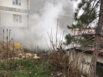 Bilecik'te Metruk Evde Yangın Çıktı