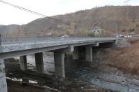 SEL FELAKETİ - Bingöl'de Selden Yıkılan Köprü Trafiğe Açıldı