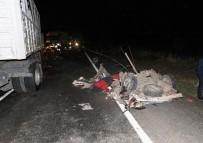 GAZİ YAŞARGİL - Diyarbakır'daki Feci Kazada Otomobil İkiye Ayrıldı Açıklaması 2 Ölü, 2 Yaralı