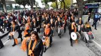 AZIZ KOCAOĞLU - İzmirli Kadınların 83. Yıl Coşkusu