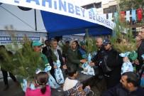CANAN CANDEMİR ÇELİK - Şahinbey Belediyesi Fidan Dağıtımını Sürdürüyor
