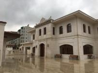 Seyyidnizam Kütüphanesi 24 Saat Vatandaşlara Hizmet Veriyor