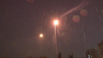 İstanbul'a kar yağışı başladı