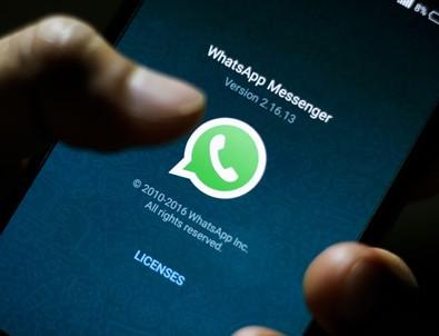 WhatsApp mesajlarınıza sizin yerinize cevap verecek