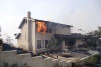 ORMAN YANGINI - ABD'deki Yangın Kontrol Altına Alınamıyor