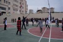 Artuklu Belediyesi Kız Yurduna Spor Tesisi Yaptırdı