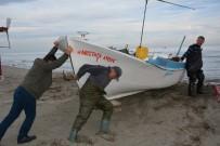 ÖLÜM TEHLİKESİ - Balıkçıların 35 Yıldır Bitmeyen Çilesi