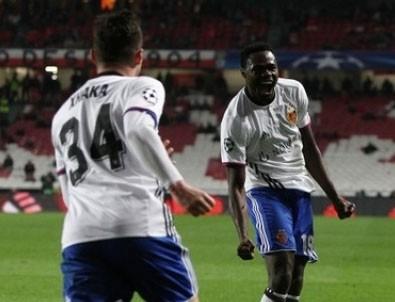 Basel, Benfica'yı 0'da bırakıp tur atladı!