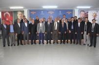 MEHMET ERDOĞAN - Başkan Erdoğan Belediye Ve AK Parti İlçe Başkanlarıyla Bir Araya Geldi