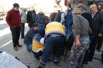İSMAIL ÇETIN - Bayramiç'te Trafik Kazası Açıklaması 1 Yaralı