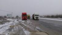 CANKURTARAN - Denizli-Antalya Ulaşımına Kar Engeli