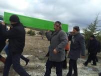ÇALıKUŞU - Eskişehir'deki Trafik Kazasında Hayatını Kaybedenler Toprağa Verildi