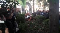 MERKEZ HAKEM KURULU - FIFA Kokartlı İlk Türk Hakem Sulhi Garan, Mezarı Başında Anıldı