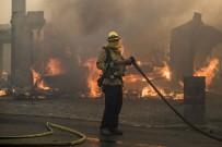 ORMAN YANGINI - Kaliforniya'daki Yangın Kontrol Altına Alınamıyor