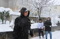 UÇAK SEFERLERİ - Eğitime kar engeli!