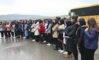 NIZAMETTIN ARSLAN - Sultanbeyli'de Öğrenciler Katı Atık Aktarma Merkezini Ziyaret Etti