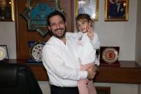 'Tayyip Dede' Diyerek Seslenen Gülhan, Başkan Yazgı' Yı Ziyaret Etti