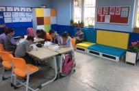 ALıŞKANLıK - Atıl Paletlerden Okullarına Kitap Okuma Köşesi Yaptılar