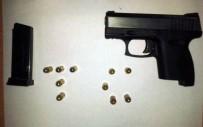 ASKER KAÇAĞI - Maltepe'de Polise Saldıran 4 Şüpheli Yakalandı