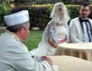 Müftüler nikah kıymaya başlıyor