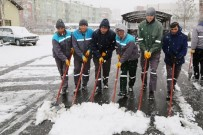 Niğde Belediyesi Kar Küreme Ekipleri İş Başında