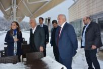 NIHAT HATIPOĞLU - Nihat Hatipoğlu'ndan Rektör Çakar'a Ziyaret