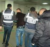 ŞEYH ŞAMIL - Otomobilden Ses Sistemi Çalan Hırsız Zanlısı Yakalandı