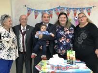 ÇENE KEMİĞİ - Treacher Collins Sendromlu Baran Bebek İlk Doğum Gününü Doktorlarla Kutladı