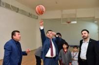 HAKAN TÜTÜNCÜ - Tütüncü, Öğrencilerle Spor Yaptı