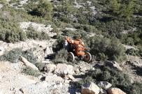 MUSTAFA KıLıÇ - Yatağan'da Traktör Devrildi Açıklaması 1 Ölü