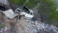 MEHMET ARSLAN - Alanya'da Trafik Kazası Açıklaması 2 Ölü, 2 Yaralı