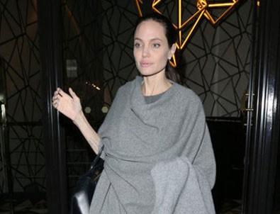 'Angelina Jolie sadece 38 kilo'